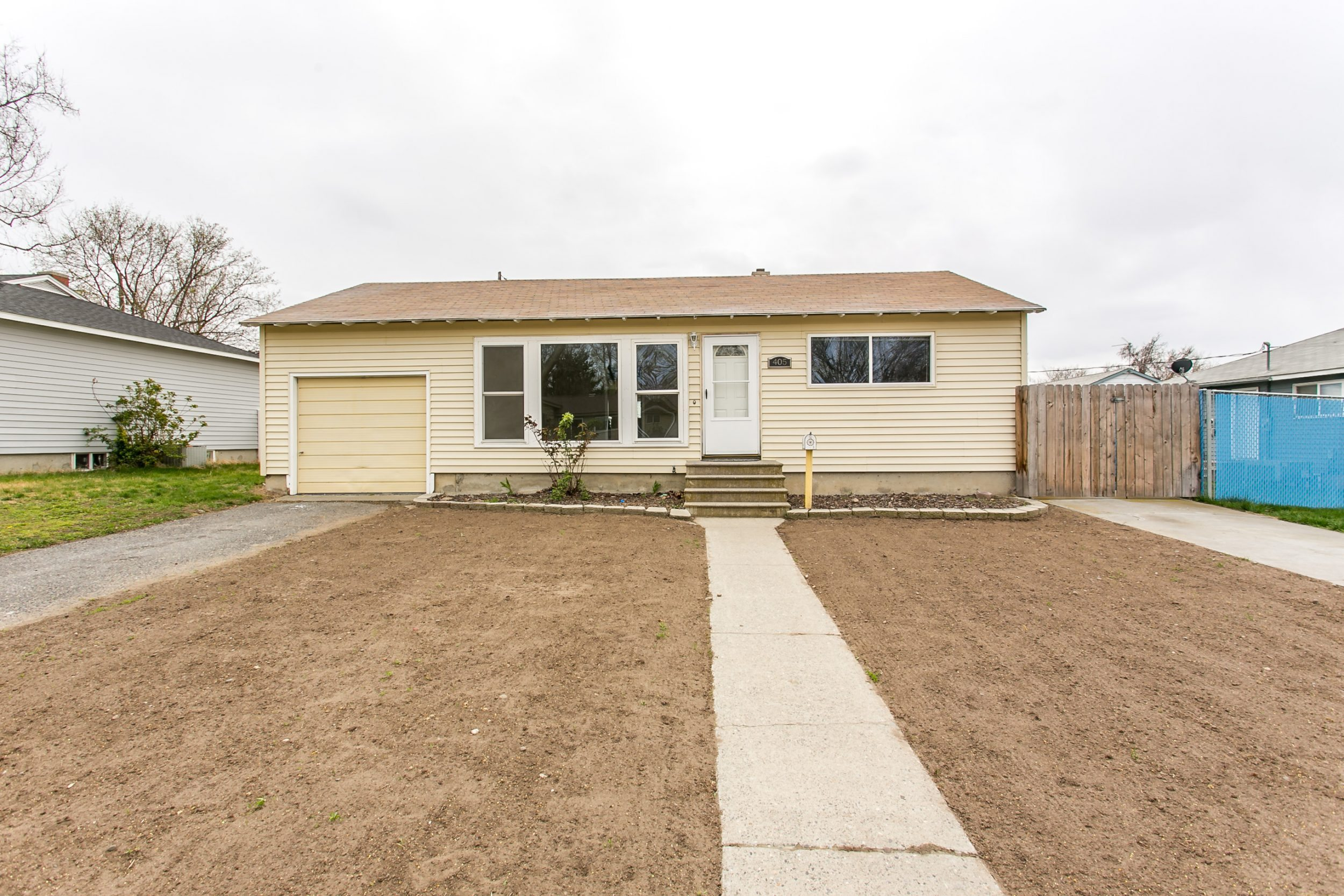Great Price In A Wonderful Location Century 21 Tri Cities